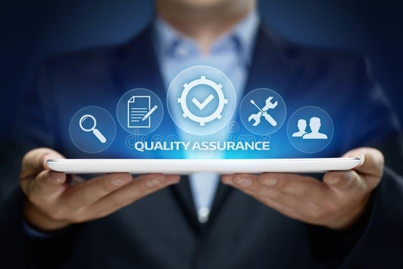 Qualitätssicherungs-Service-Garantie-Standardinternet-Geschäfts-Technologie-Konzept stockfotografie