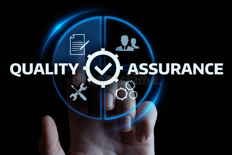 Qualitätssicherungs-Service-Garantie-Standardinternet-Geschäfts-Technologie-Konzept stockbilder