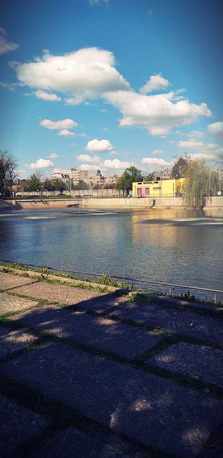 Quand vous êtes triste et vous voulez vous sentir que beaucoup améliorer ceci est le bon endroit à aller ???? photos stock