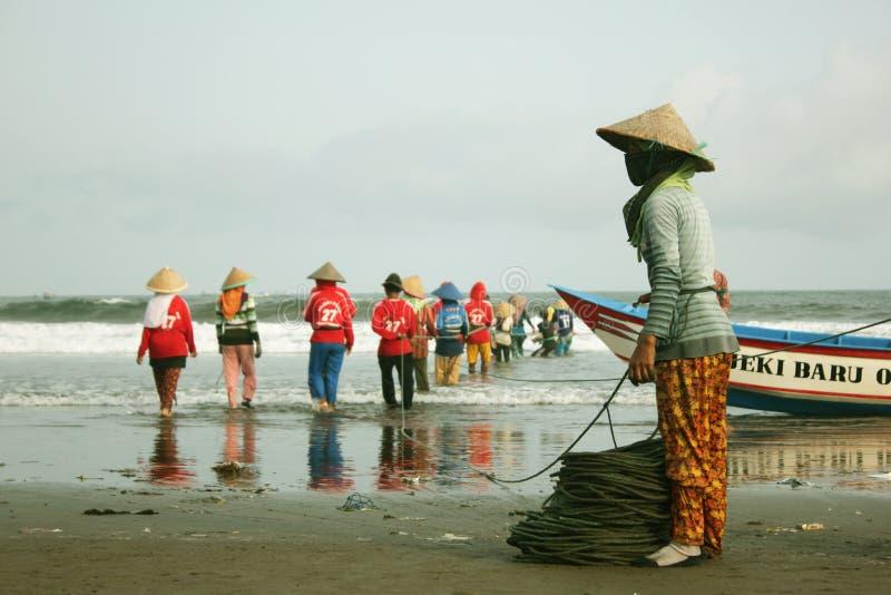 Quando pescador Pull Their Net fotos de stock