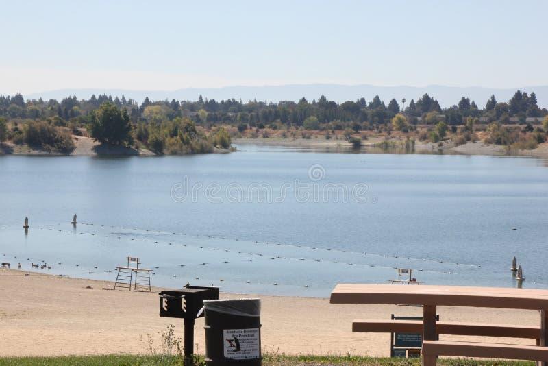 Quarry湖,佛瑞蒙,加利福尼亚 免版税库存照片