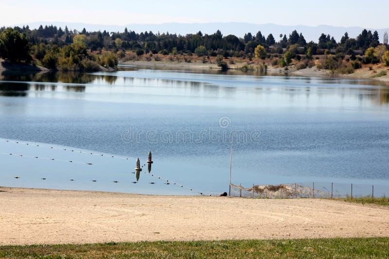 Quarry湖,佛瑞蒙,加利福尼亚 免版税库存图片