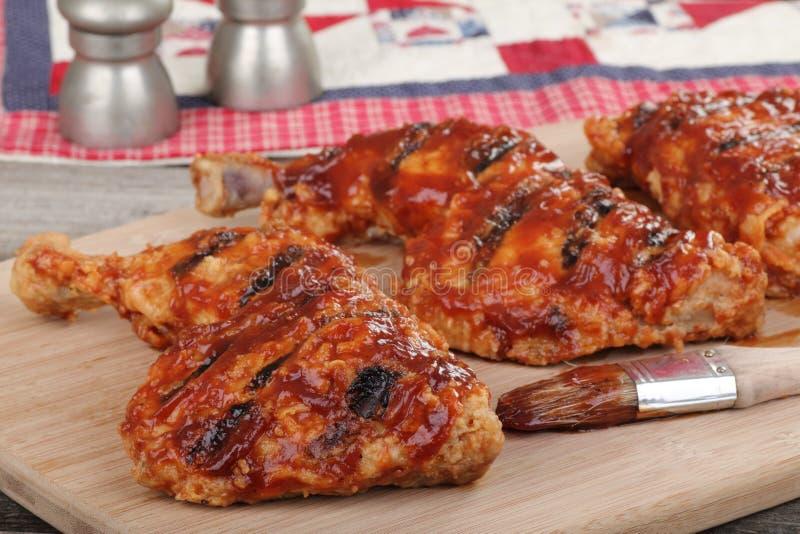 Quarti del pollo del Bbq fotografia stock libera da diritti