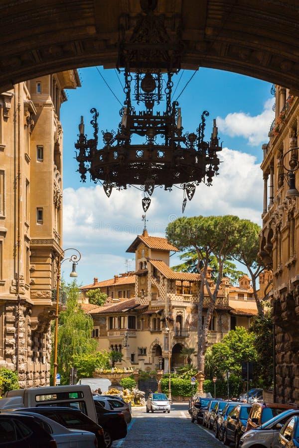 Quartiere Coppede roma arco imagen de archivo