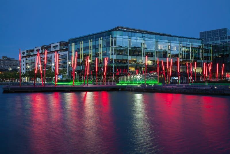 Quartiers des docks de Dublin Grand Canal la nuit l'irlande images libres de droits