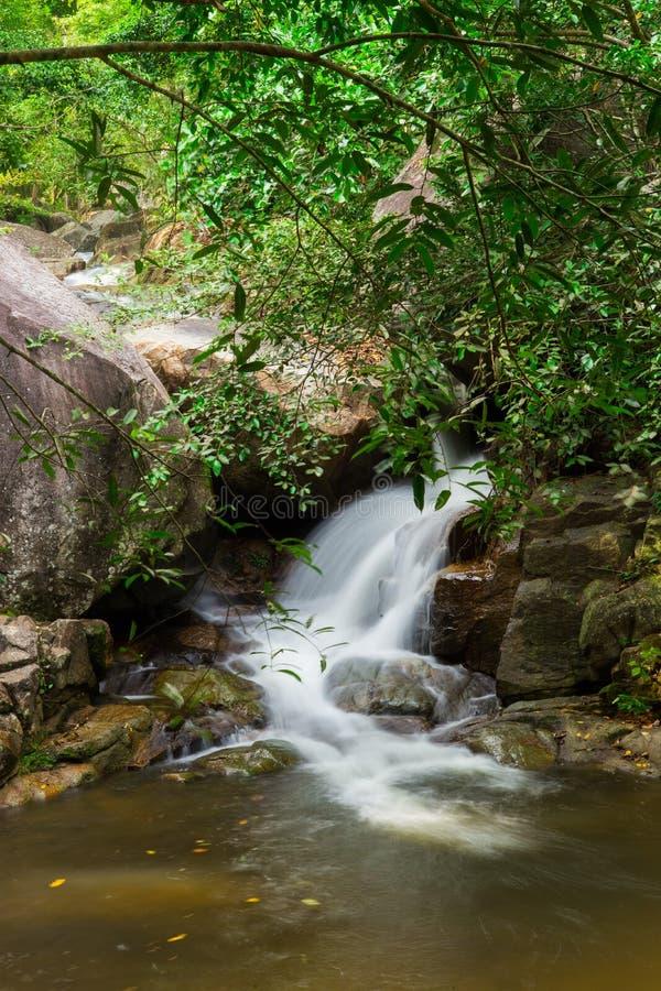 Quarto assoalho de Huai Yang Waterfall imagens de stock royalty free