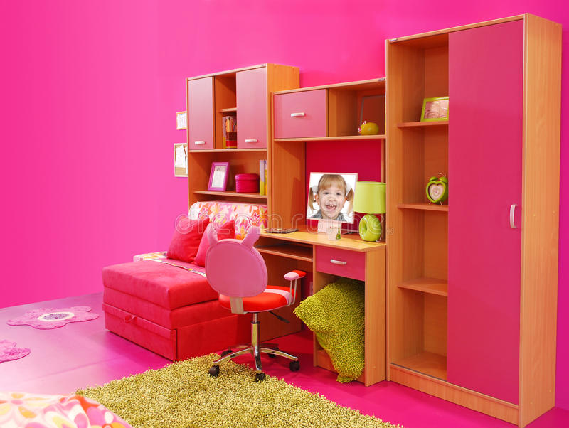 Quarto cor-de-rosa das crianças fotografia de stock