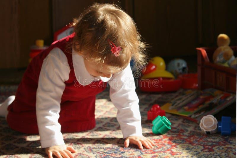 Quarto de criança ensolarado fotografia de stock royalty free