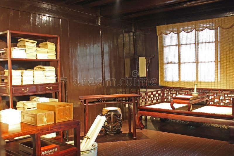 Quarto de estudo antigo chinês imagem de stock