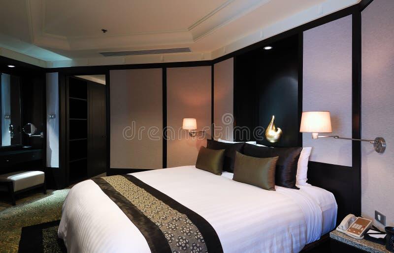 Download Quarto de hotel foto de stock. Imagem de cama, mattress - 26519094