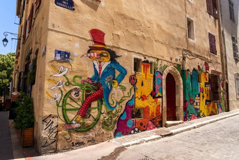 Quarto de Le Panier, um lugar colorido em Marselha imagem de stock