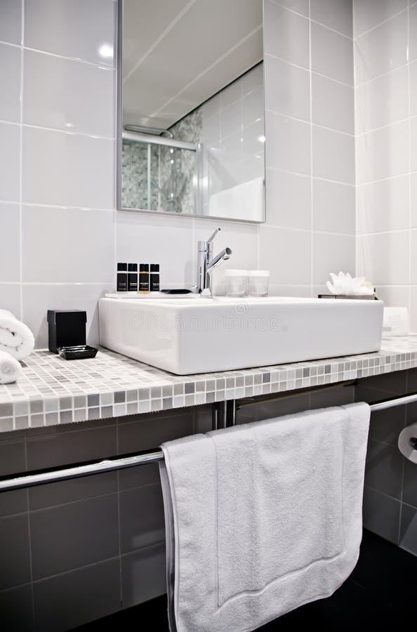 Quarto de Toilette no hotel foto de stock royalty free