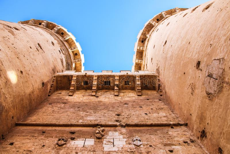 Quarto defensivo das torres no centro histórico de Valência fotografia de stock royalty free