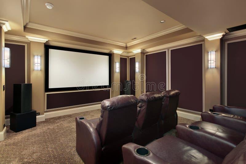 Quarto do teatro com cadeiras de sala de estar fotos de stock