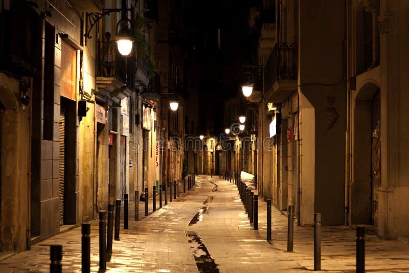 Quarto gotico di Barcellona alla notte immagine stock