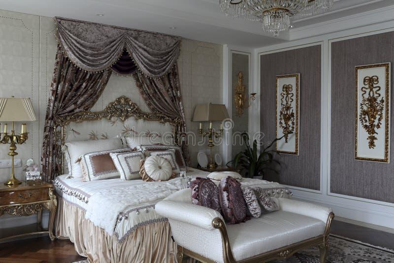 Quarto luxuoso imagem de stock royalty free