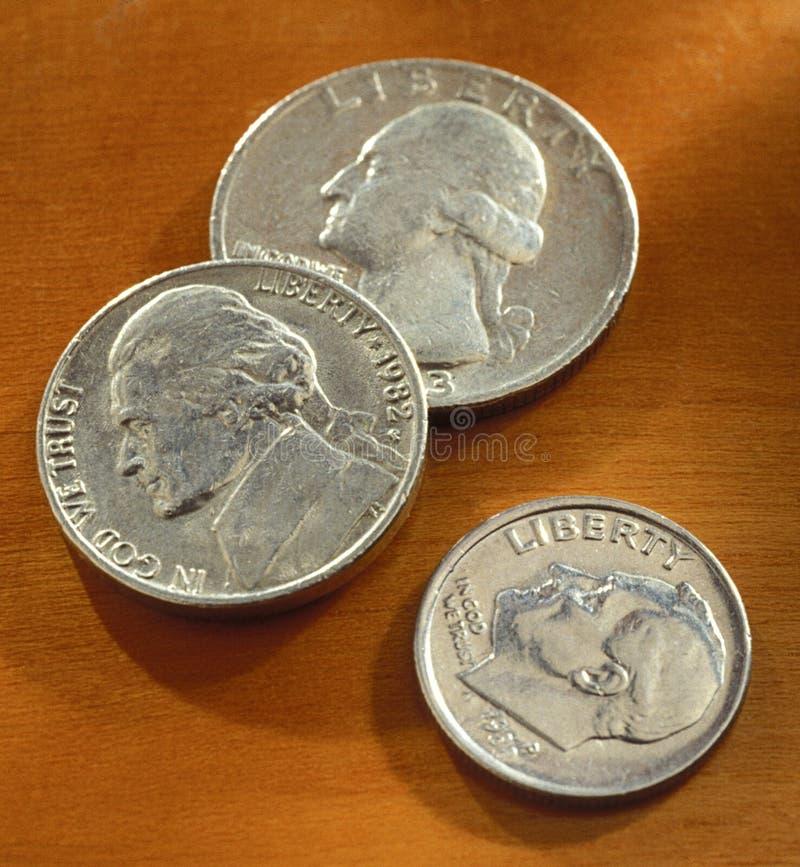 Quarto, niquelar, e moeda de dez centavos americanos fotografia de stock royalty free
