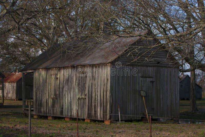 Quartos de escravos na plantação de açúcar do Vale de Laurel imagens de stock