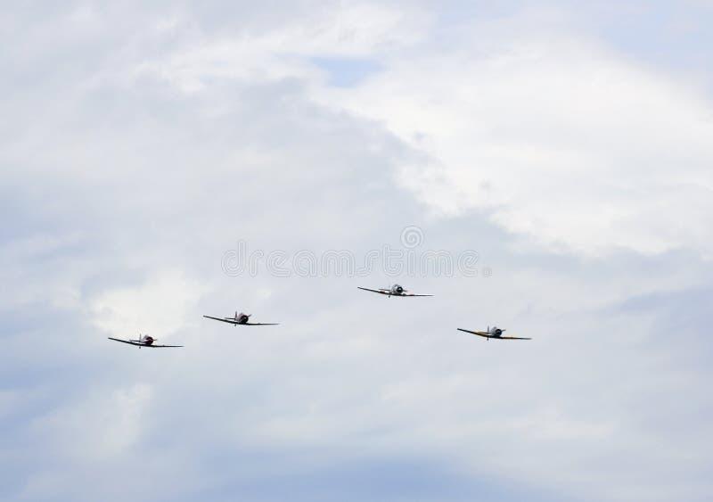 Quatre avions dans la formation image libre de droits