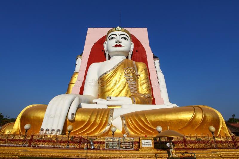 Quatre célèbres Buddhas de la pagoda de Kyaikpun, Bago, Myanmar, Asie photographie stock libre de droits