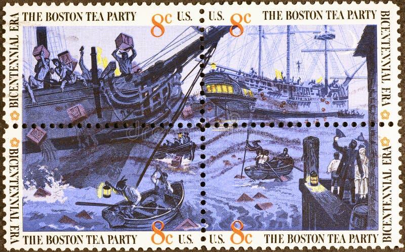 Quatre timbres-poste des USA avec la peinture du thé de Boston image libre de droits