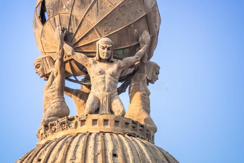 quatro atlas no Cairo Egito fotos de stock