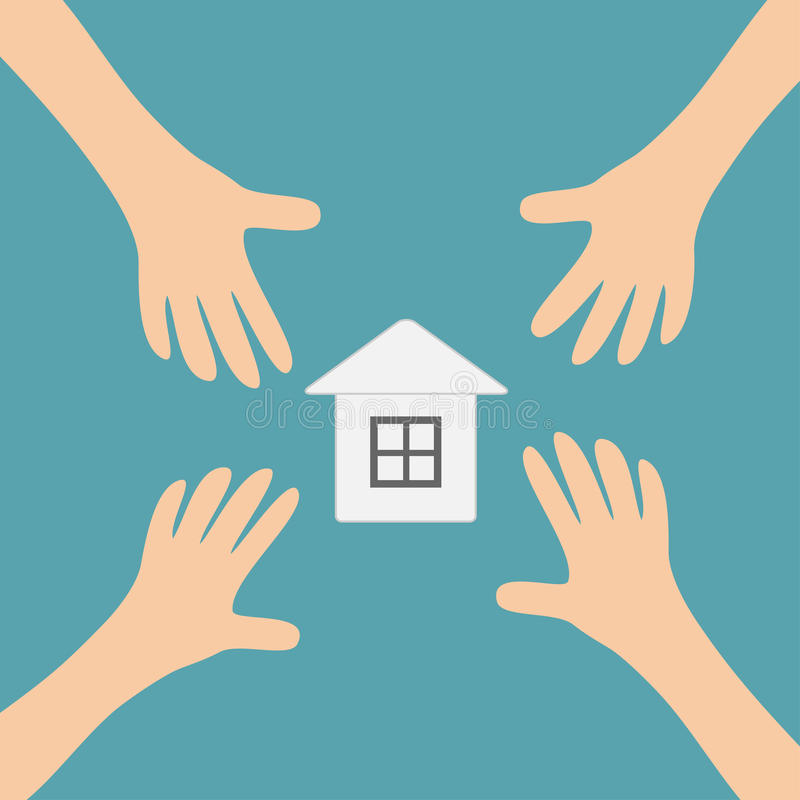 Quatro braços de mãos que alcançam para forrar o símbolo home do sinal da casa Tomando a mão Feche acima da parte do corpo Série  ilustração stock