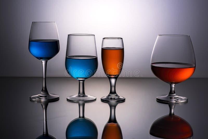 Quatro vidros de vinho fotos de stock royalty free