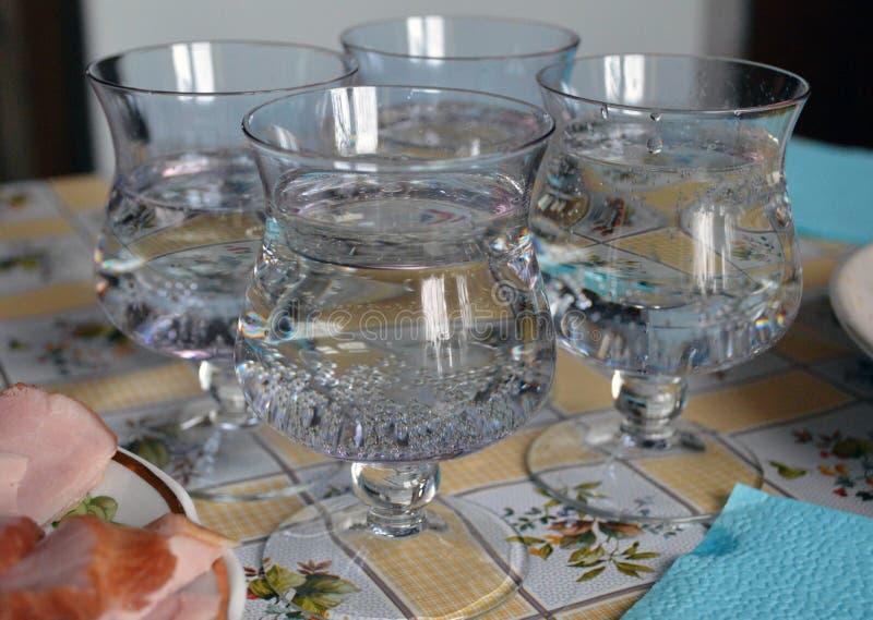 Quatro vidros do vinho espumante fotografia de stock