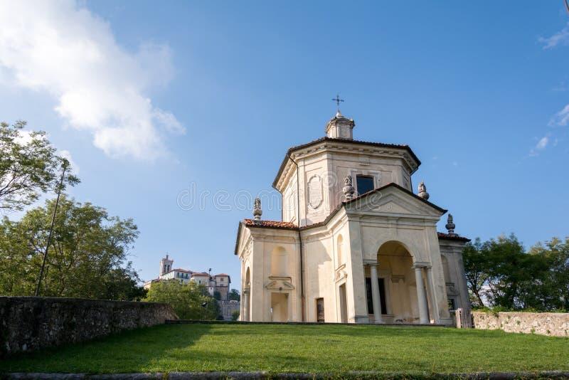 Quattordicesima cappella a Sacro Monte di Varese L'Italia fotografie stock