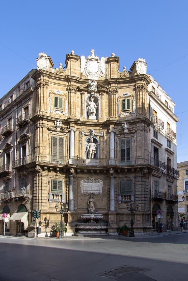 Quattro Canti di citta i Palermo, Sicilien, Italien royaltyfria foton