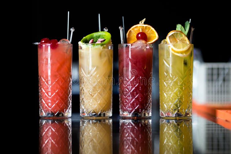 Quattro cocktail di frutta fantastici fotografie stock