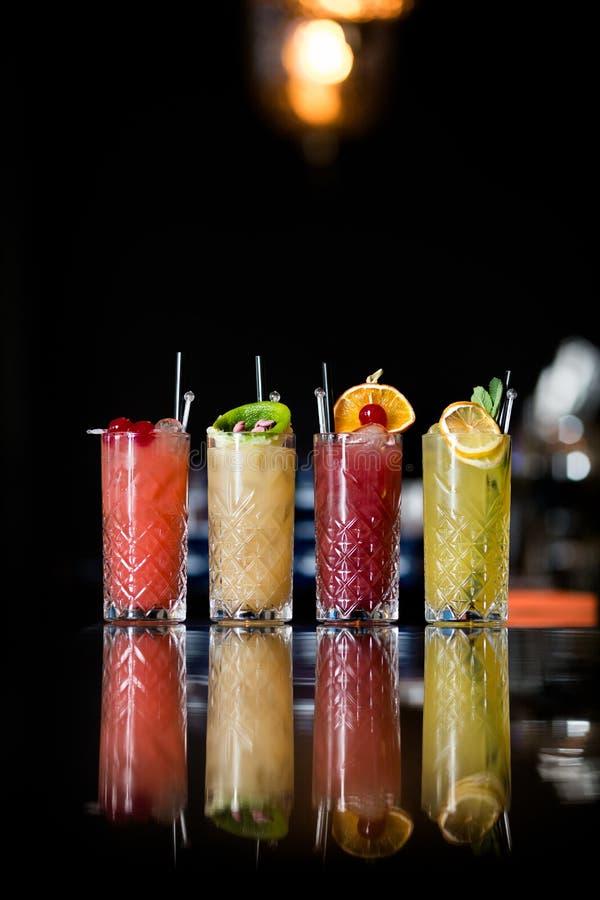 Quattro cocktail di frutta fantastici fotografie stock libere da diritti