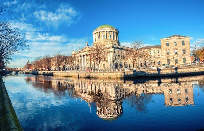 Quattro corti che costruiscono a Dublino, Irlanda immagini stock libere da diritti