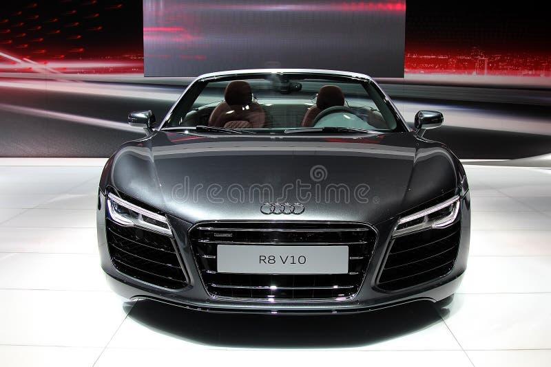 Quattro de Grey Audi R8 V10 do supercarro fotos de stock royalty free