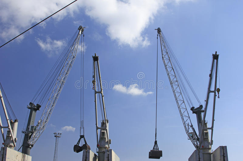 Download Quay cranes stock photo. Image of dock, jour, gray, black - 25662670