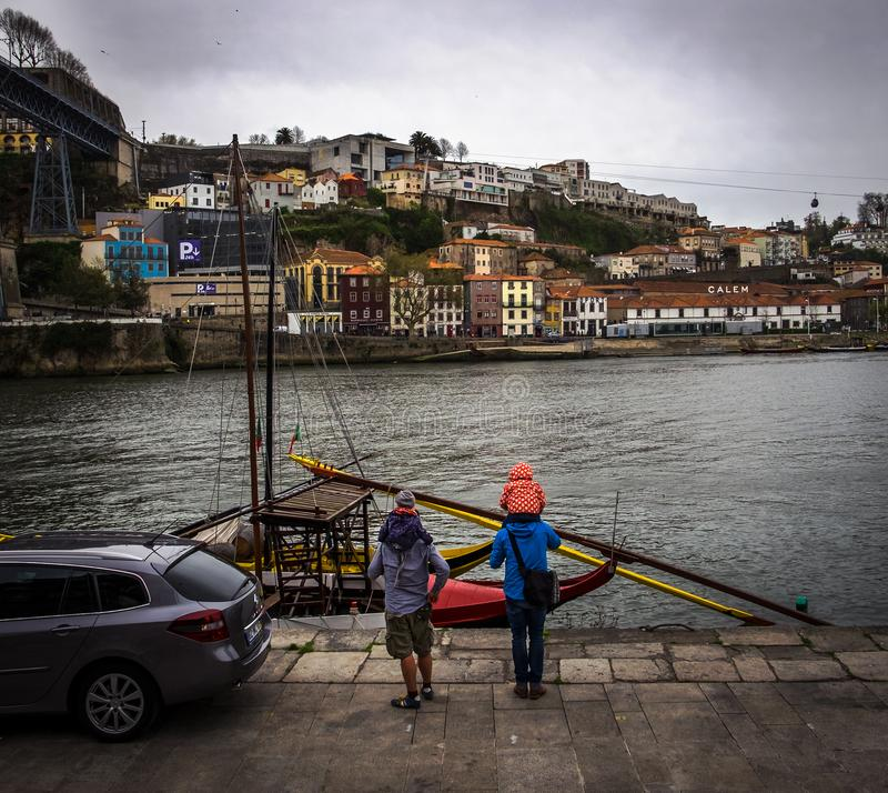 Quay des Flusses Duoro Stadt von Porto portugal stockfotos
