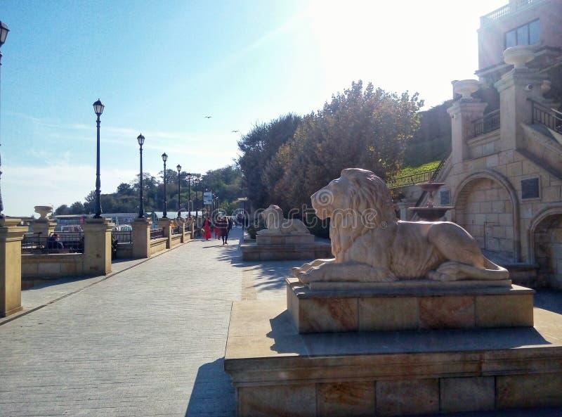 quay Odessa rzeźba lwy zdjęcia stock
