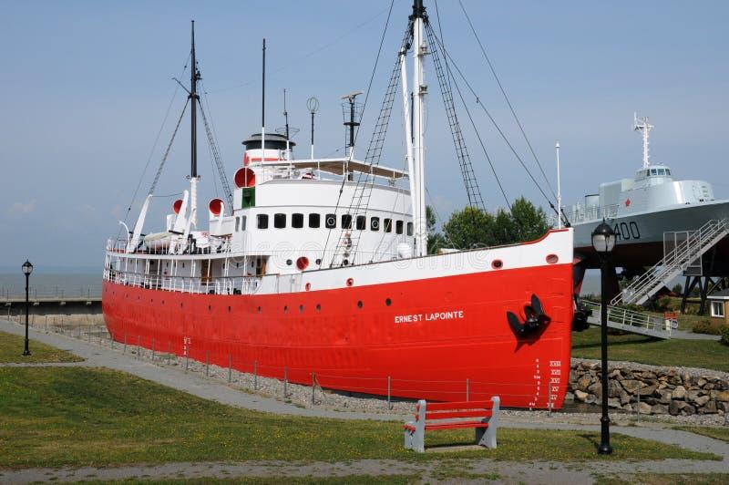 Quebec, łódź w dziejowym morskim muzeum L wysepki sura mer fotografia royalty free