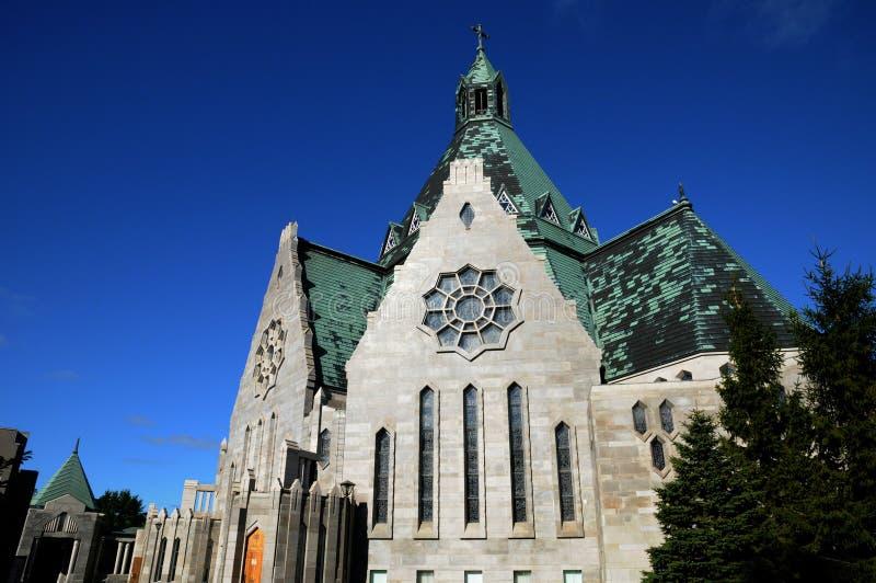Quebec basilikan Notre Dame du Lock i Lock de la Madeleine royaltyfria foton