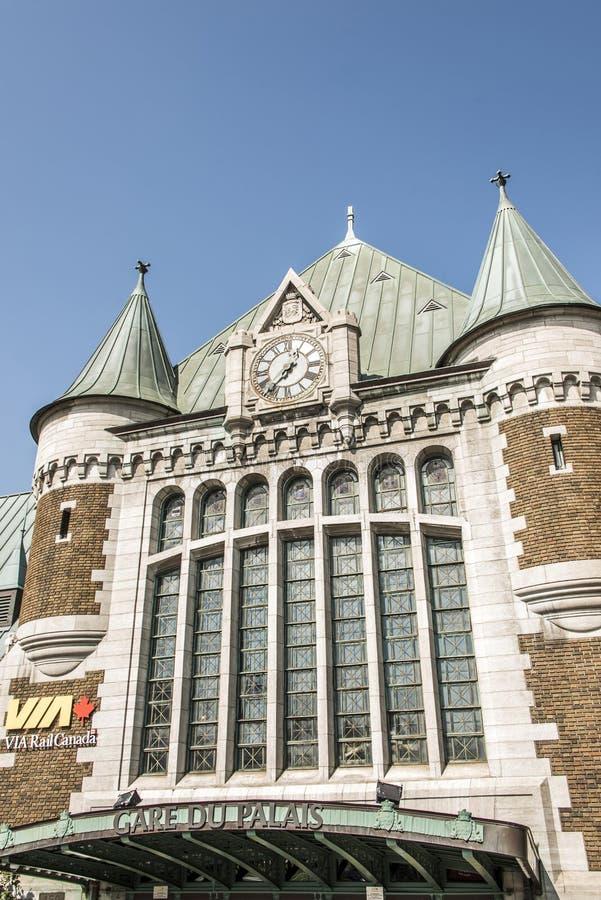 Quebec, Canada - 12 09 2017 - Mening van Gare du Palais, het Centrale Station van Quebec Geopend de Erfenisstation van 1915 royalty-vrije stock foto