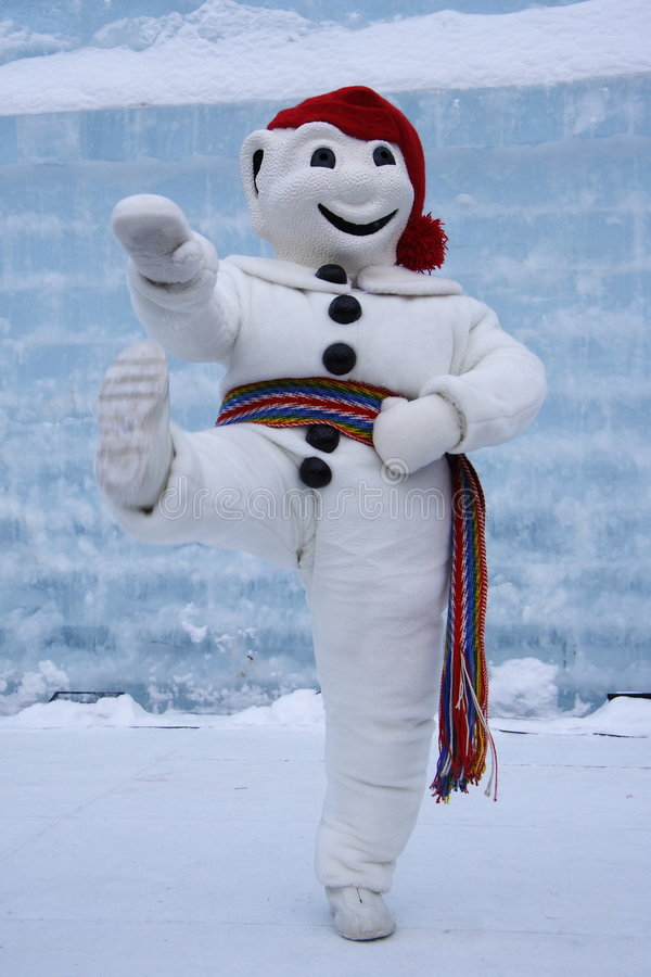 Download Quebec Carnival: Le Bonhomme Editorial Stock Image - Image of january, city: 7986004