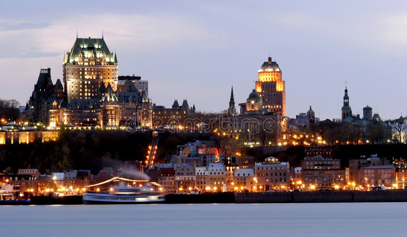 Quebec City par Night images libres de droits