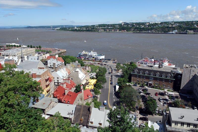 Quebec City und Fluss Str.-Lawrence lizenzfreie stockfotografie