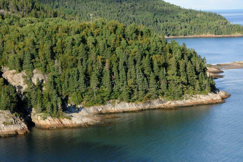 Quebec, die Küste von Tadoussac stockfotos
