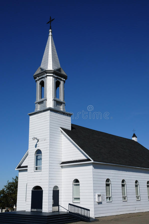Quebec dziejowy kościół Grosse Roche w Gaspésie zdjęcie royalty free