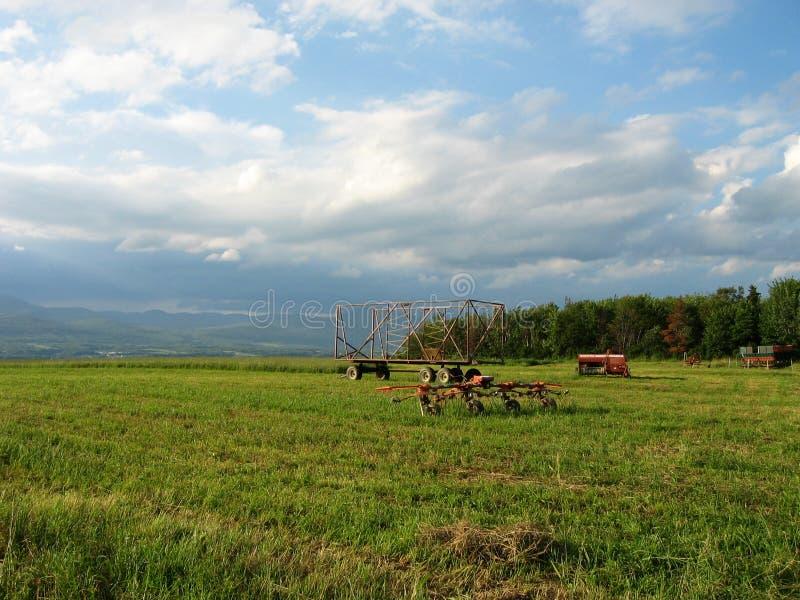 Download Quebec-Feld stockfoto. Bild von hilfsmittel, field, maschinerie - 30116