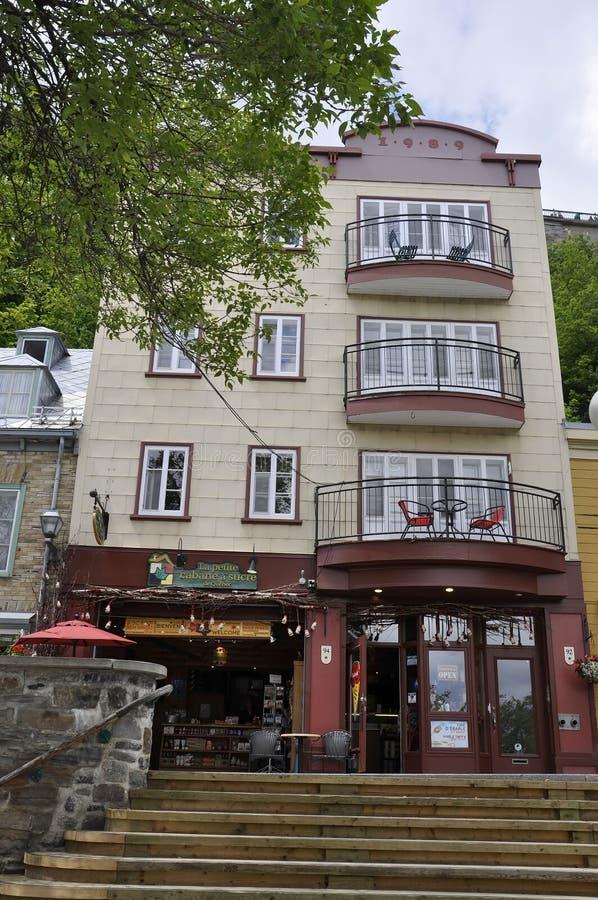 Quebec, 28 Juni: Treden op Quai DE Roi van Rue du Petit Champlain van de Oude Stad van Quebec in Canada royalty-vrije stock afbeelding