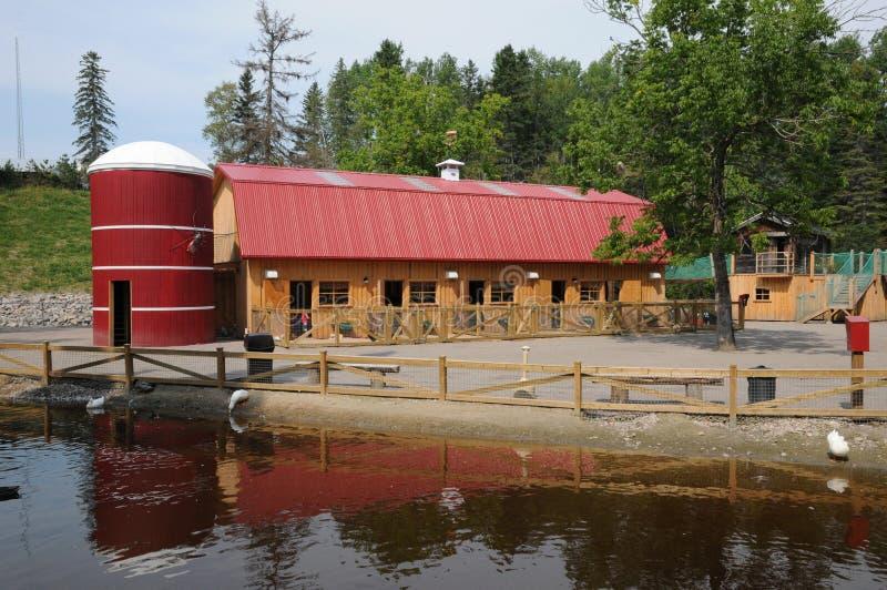 Quebec mały gospodarstwo rolne w Świątobliwym Felicien zoo zdjęcie royalty free