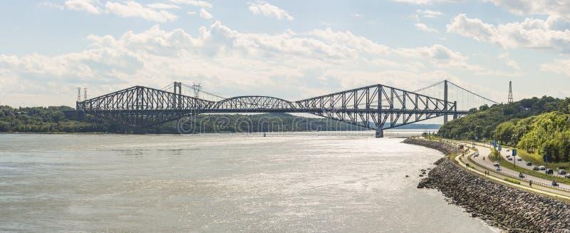 Quebec most jest nitującym stalowym kratownicowym strukturą obraz stock